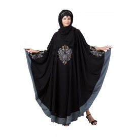 Nazneen Center Embroidered with Contrast band Irani Kaftan